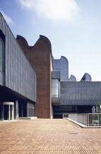 museum ludwig aussen1.jpg
