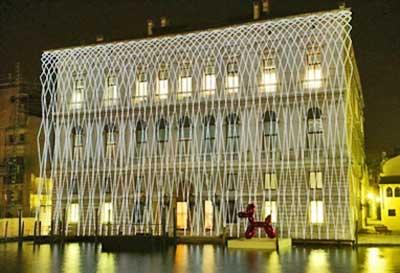 palazzo_grassi_au%C3%9Fen.jpg