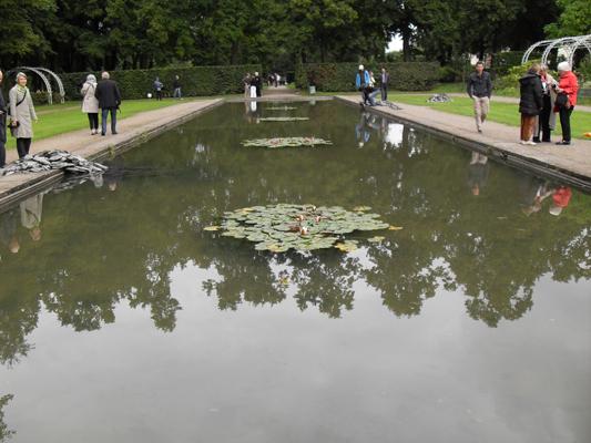 vorgebirgspark_skulptur.jpg